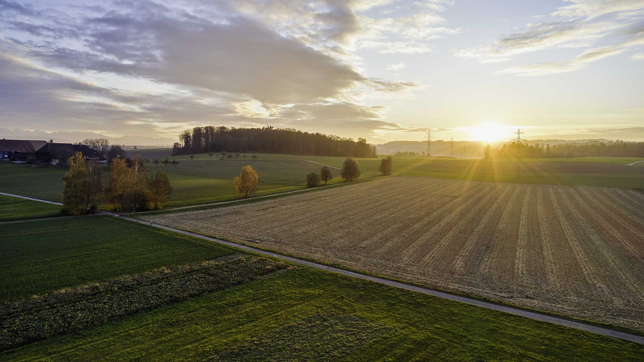 Landschaft um Jegenstorf bei Sonnenaufgang